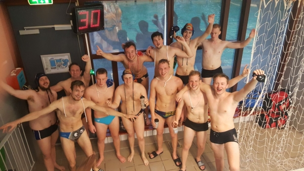 Waterpolo - Heren 3 Kampioen!